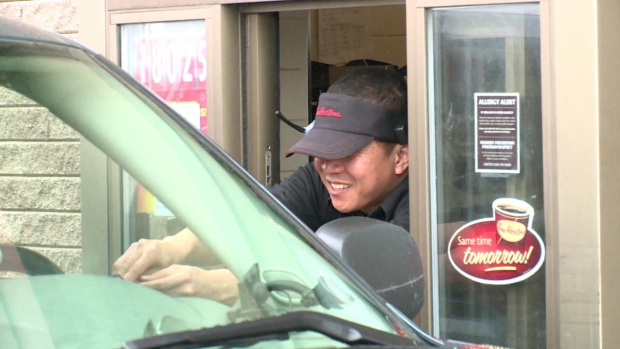 Canadian restaurant owners are using the temporary foreign worker program to find staff. (CBC)